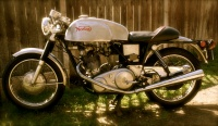 1971 Norton Commando 750 cafe racer